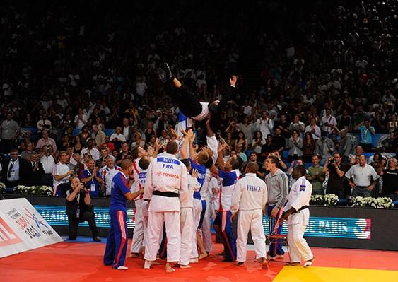 rance Championne du Monde en Judo par équipe 2011 à Bercy